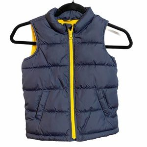 Old Navy Frost Free Navy Puffer Vest